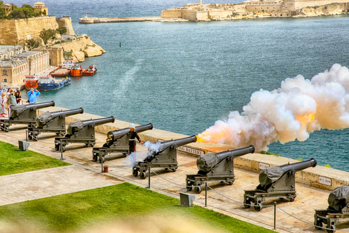 Valetta Fortress Cannons Tours To Do