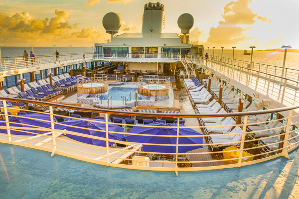 Oceania Cruises Bermuda Morning Cruising